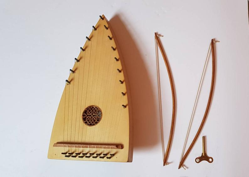 2019 diatonic bowed psaltery with rosette and pair of bows